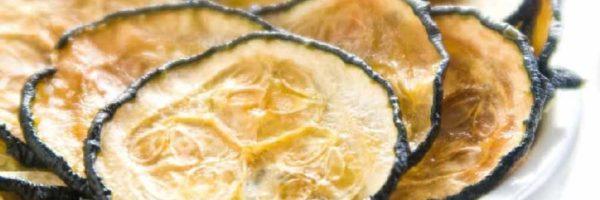 Chips crujientes de calabacín al horno