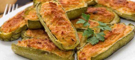 Calabacines rellenos de jamón y queso